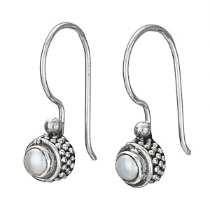 Sterling Rnd Pearl Hook earring by Tiger Mtn