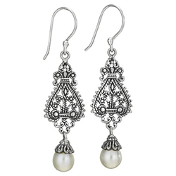 Sterling pearl earring by Tiger Mtn
